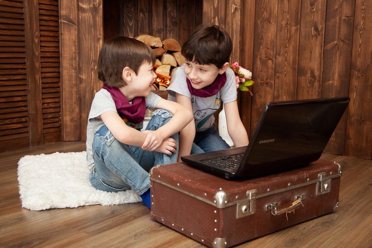 子ども 自宅 楽しむ
